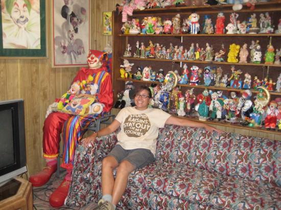 The Allee Willis Museum Of Kitsch 187 Clown Motel